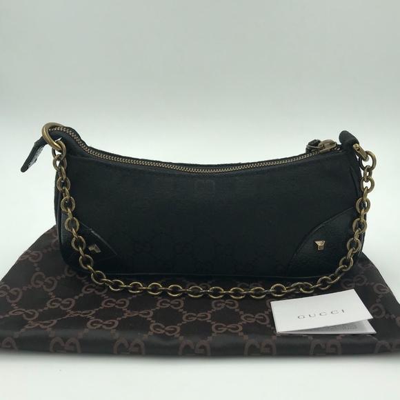 37cae7a4544 Gucci Handbags - Authentic GUCCI Signature GG Nailhead Pochette